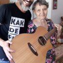 האומן אלדד אופיר פרויקט הפגת בדידות העמותה לקשיש small
