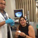דר גואד חלאילה מוציא גוף זר ממטופלת במחלקת אאג בזבולון