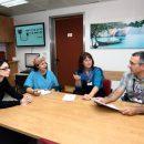 """בתמונה: צוות המכון ההמטולוגי ברמב""""ם: ד""""ר ישי עופרן ו - וואוקלינה גיל מימין."""