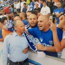 אלקבץ ואוהדי הפועל עפולה בחגיגות העלייה לליגה הלאומית