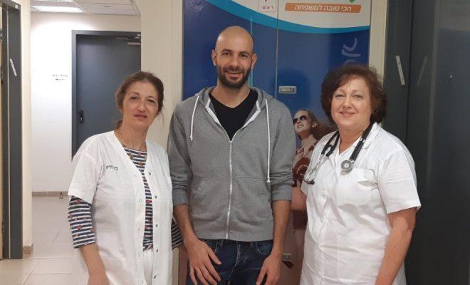 הצלת חיים בטכניון - דר ענת רוזנצוויג ורינה חנן עם המטופל