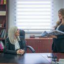 """עו""""ד שרין ומורן בהתייעצות במשרד"""